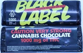 Black Label Milk Chocolate Bar – 1000mg